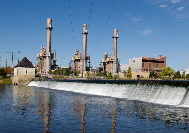 Photo of Noblesville Plant showing the spillway outside